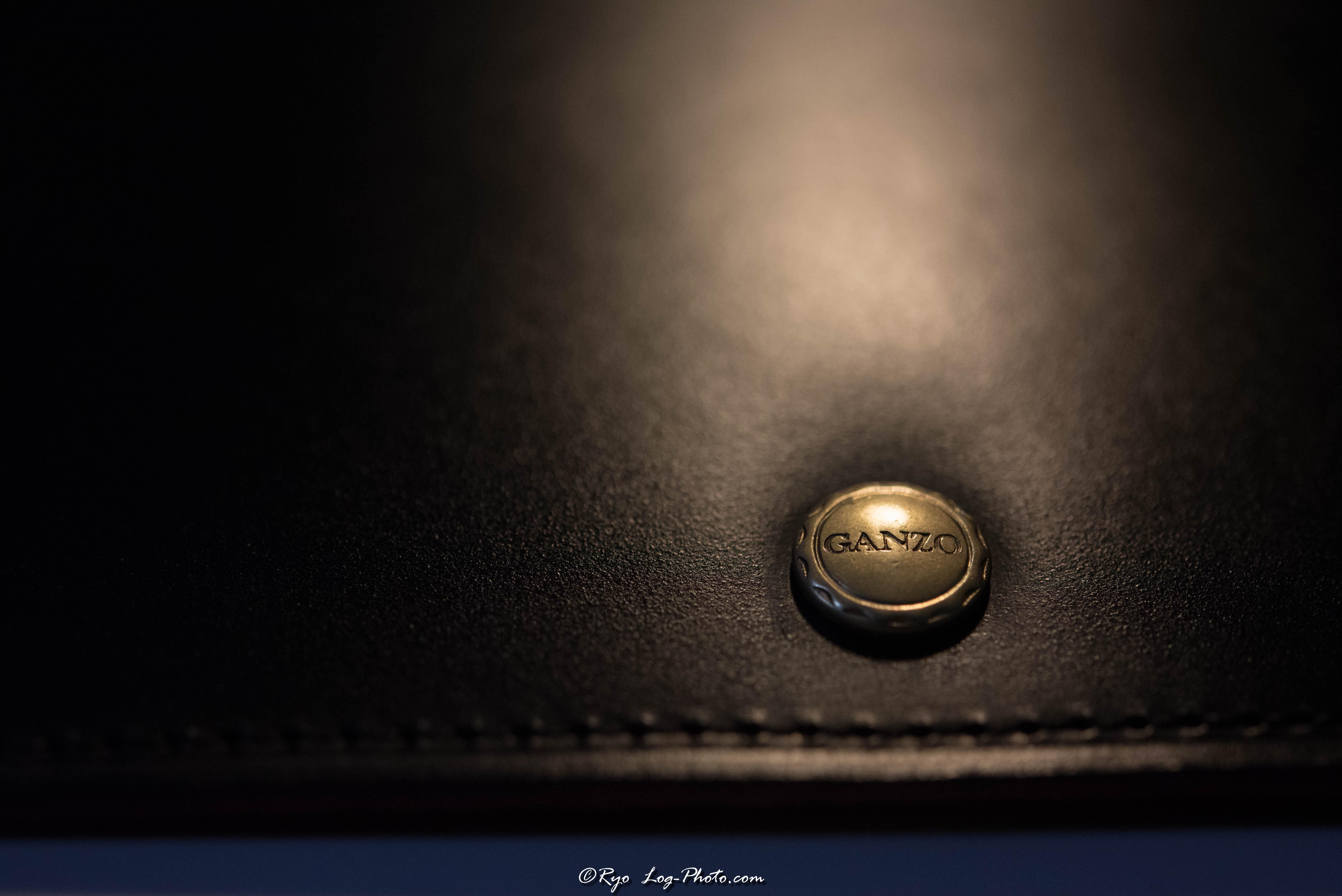 ganzo(ガンゾ)のブライドルレザー 財布 留め具
