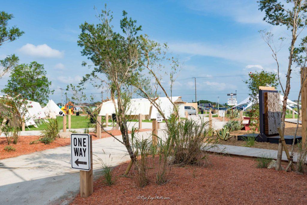 他キャンプ施設も充実,木更津でキャンプ、バーベキュ−が出来るワイルドビーチ(wild beach)キサラピアの隣。手ぶらでOK。グランピング施設。アウトレットの隣。
