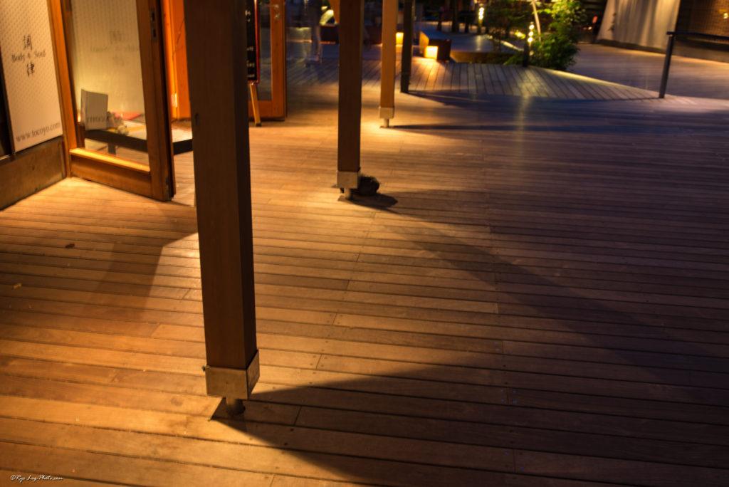 ハルニレテラスの夜景 ウッドデッキ 照明