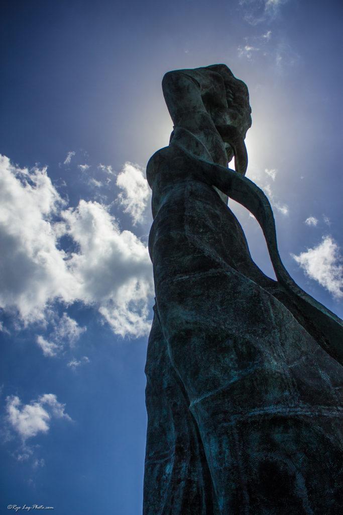 鴨川 女神 像