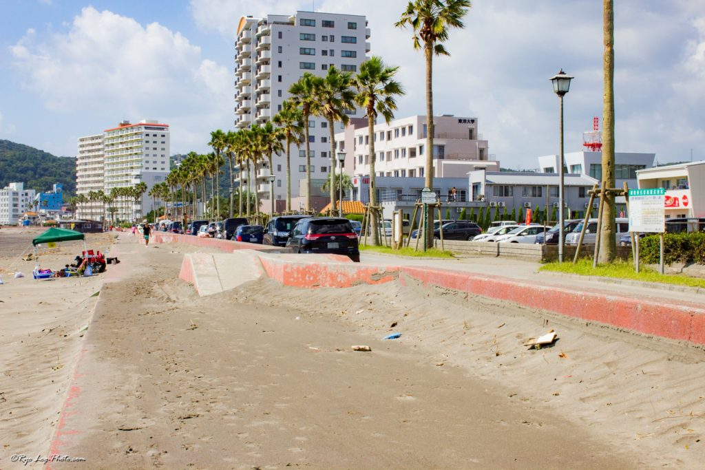 前原海岸 駐車場
