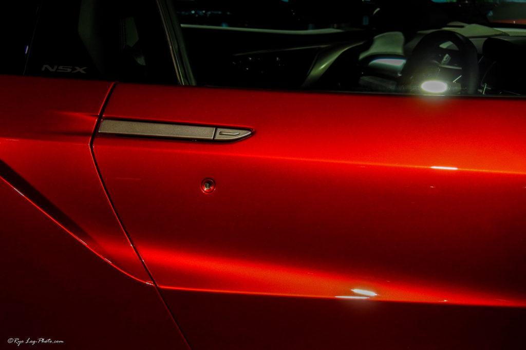 ホンダ 新型nsx 展示 ライトサイド