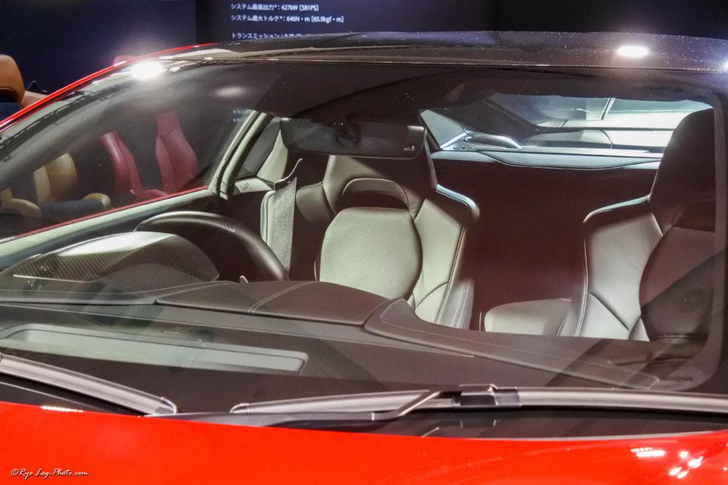 新型NSX 運転席