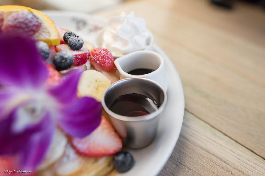カフェカイラ cafe kaila omotesando ホイップクリームはふわふわ パンケーキ
